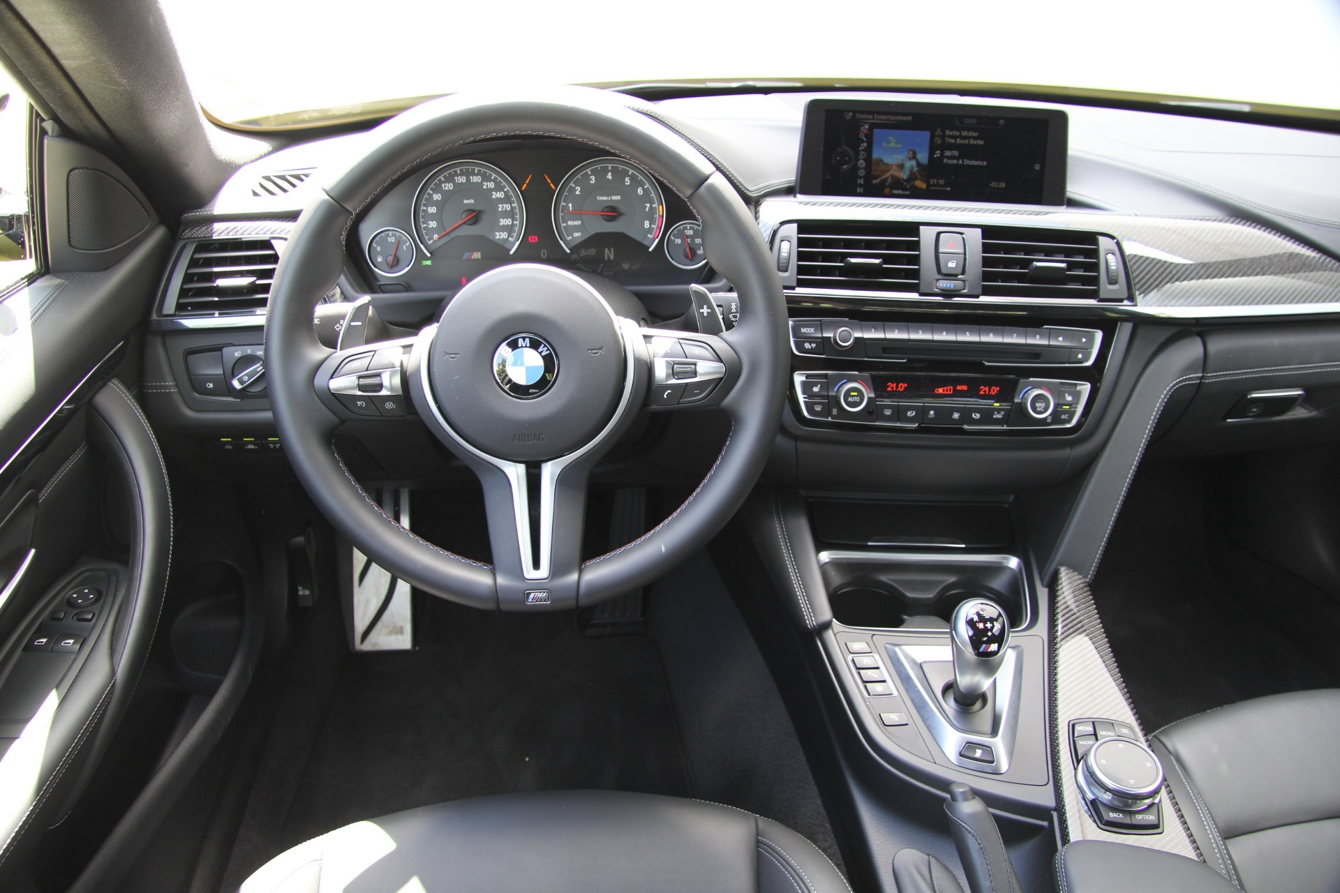 bmw m4 coup test complet prix sp cifications. Black Bedroom Furniture Sets. Home Design Ideas